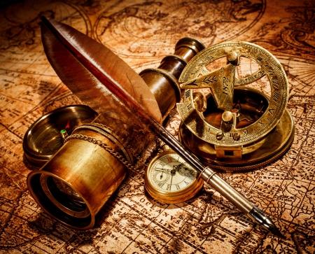 Marynistyka - żeglarskie prezenty, marynistyczne dekoracje